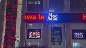 Fox Newsin uutistaulu.