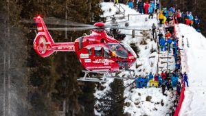 Helikopteri haki Marc Gisinin sairaalahoitoon Val Gardenassa.