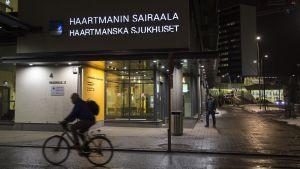 Haartmanin päivystys Helsingin Meilahdessa.