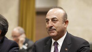 Turkin ulkoministeri Mevlut Cavusoglu kuvattuna Genevessä joulukuussa 2018.