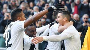Juventus juhlii maalia.