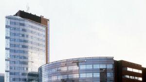"""Vuoden 2000 Teräsrakenteeksi on valittu """"Sitran torni"""""""