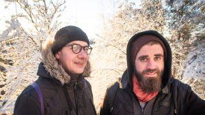 Riku Kosminski (oikealla) ja Jani Salo Pispalan portaissa.