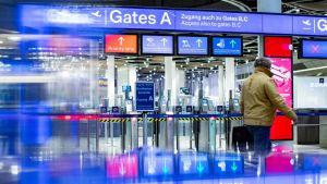 Turvatarkastus on suljettu Düsseldorfin kentällä 10. tammikuuta.