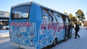 Porin Linjat citylinja keskussairaalalla bussi pikkubussi kuljettaja Porissa Tiilimäellä