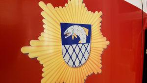 Kymenlaakson pelastuslaitoksen vaakuna