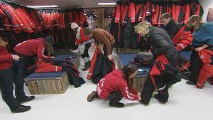 Yhä useammat matkailun pariin värvätyt sesonkityöntekijät ovat koko talven töissä.