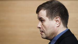 Kansanedustaja Kari Tolvanen (kok.) poliisijohdon virkarikoskäräjillä Helsingin käräjäoikeudessa 17. tammikuuta