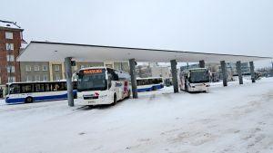 Linja-autoasema Tampere Ikaalisten bussi