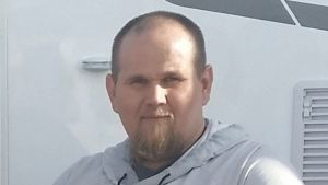 Tammikuussa 2019 kadonneeksi ilmoitetun 31-vuotiaan lapinlahtelaismiehen kuva.