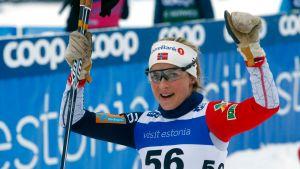 Therese Johaug Otepäässä
