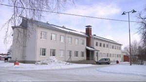 Liperin koulukeskuksen vanha osa, jossa aiemmin toimi lukio.