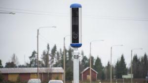 Uudenmallinen nopeusvalvontakamera Hartolassa.