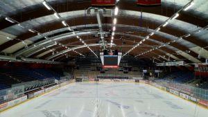 Vaasan jäähallin katto
