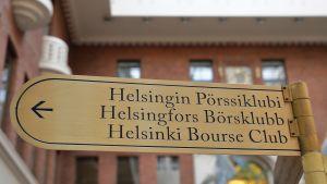 Pörssiklubin kyltti Helsingin Pörssitalossa.