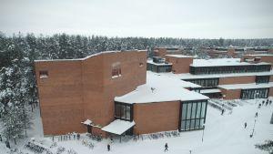 Itä-Suomen yliopiston Carelia-rakennus.