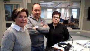 Anneli Saarinen, Tero Järvinen ja Merja Puuskamäki.