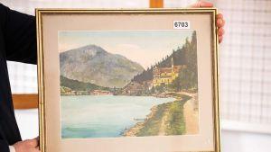 Hitlerin maalaamaksi uskottu akvarelli vuoristomaisemasta.