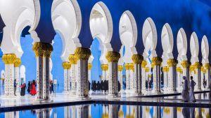 Sheikki Zayedin moskeija Abu Dhabissa.