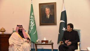 Saudi-Arabian kruununprinssi Mohammed bin Salman tapasi sunnuntaina Pakistanin pääministerin Imran Khanin Islamabadissa.