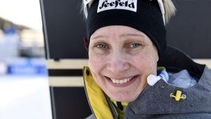 Pohjoismaisten hiihtolajien MM-kisojen maastohiihdon tekninen delegaatti Annmari Viljanmaa kuvattuna Seefeldin hiihtostadionilla Itävallassa.