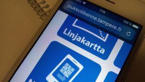 Nysse Mobiili -täppä puhelimessa Tampereen joukkoliikenten sivuilla.