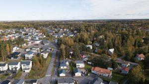 Purolan asuinalue Vaasassa ilmasta kuvattuna