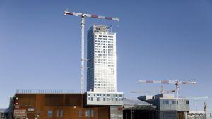 Rakenteilla oleva tornitalo, Majakka, Helsingin Kalasatamassa 6. helmikuuta 2019. Rakennus on yksi kahdeksasta Redi-kokonaisuuden tornitalosta.