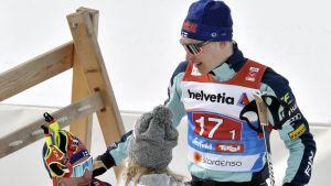 Ristomatti Hakola (vas.) ja Iivo Niskanen.