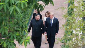 Kim Jong-un ja Donald Trump Hanoissa 28. helmikuuta.