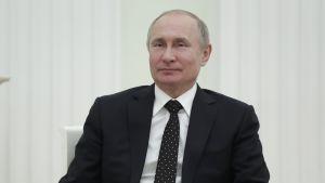 Venäjän presidentti muistutti keskiviikkona turvallisuuspalvelu FSB:tä suojelemaan maan aseita koskevia tietoja.