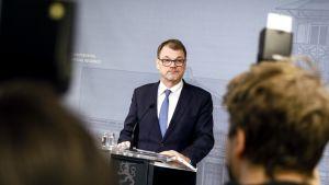 Pääministeri Juha Sipilä ilmoitti hallituksen erosta Kesärannassa perjantaina.