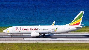 Etiopian Airlinesin Boeing 737-800 tyypin lentokone, tämä ei ole turmakone.