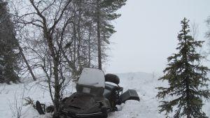 Moottorikelkkaonnettomuus.