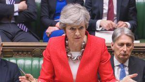 Theresa May Parlamentin istuntosalissa 12. maaliskuuta.