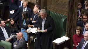 Puhemies John Bercow puhui alahuoneelle viime viikon torstaina. Tuolloin äänestettiin EU-eron lykkäämisestä.