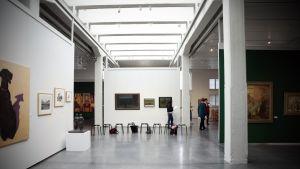 Lapuan taidemuseossa vieraili viime vuonna 16 000 ihmistä.