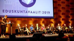 Kanta-Hämeen suuri vaalipaneeli Vanaja-salissa