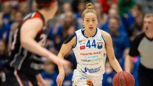 Linda-Lotta Lehtoranta #44, PeKa vs. Kouvottaret