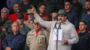 Venezuelan presidentti Nicolas Maduro puhui kannattajilleen lauantaina maan pääkaupungissa Caracasissa.