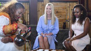 Ivanka Trump osallistui perinteiseen kahviseremoniaan Addis Abebassa sunnuntaina.