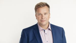 Keskustan eduskuntavaaliehdokas Antti Kaikkonen lehdistökuvassa ennen eduskuntavaaleja 2019.