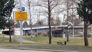 Sirkkalan silta on suljettu liikenteeltä korjaustöiden vuoksi.