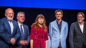 Kärkiehdokkaiden väittelyyn Maastrichtissa osallistuivat sosiaalidemokraattien Frans Timmermans, konservatiivien Jan Zahradil, vasemmiston Violeta Tomic, vihreiden Bas Eickhout ja liberaalien Guy Verhofstadt.