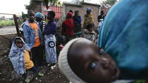Nämä kongolaispakolaiset pakenivat Ruandan puolelle keväällä 2012.