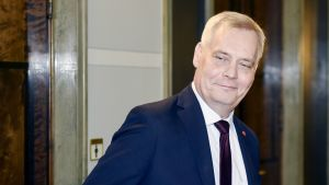Hallitustunnustelija, SDP:n puheenjohtaja Antti Rinne eduskunnassa Helsingissä 8. toukokuuta.