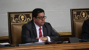 Parlamentin varapuheenjohtaja Edgar Zambrano kuvattuna  maaliskuussa 2019.