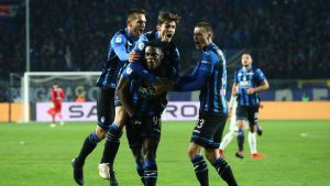Atalanta juhlii maalia.