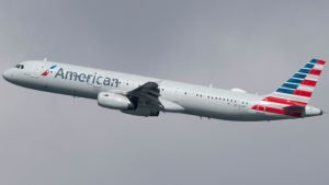 Yhdysvaltalainen American Airlines keskeytti lentonsa Venezuelaan jo maaliskuussa.