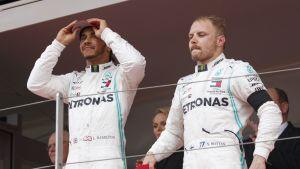 Hamilton ja Bottas palkintokorokkeella - tuttu näky kaudella 2019
